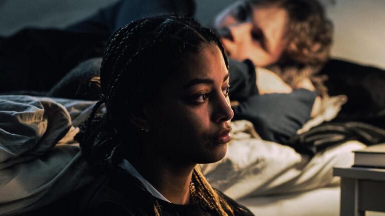 Våld i parrelationer börjar redan på högstadiet – och unga vill ha kunskap